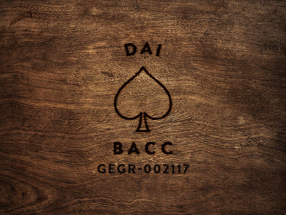 Dai Bacc GEGR-002117 wood square