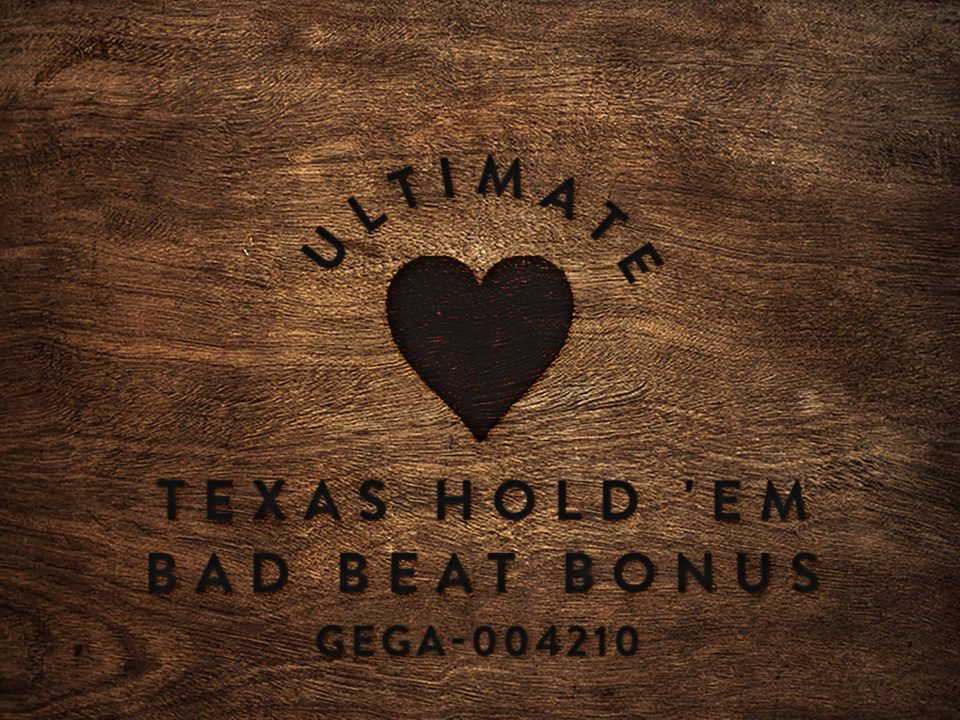 Ultimate Texas Hold 'Em Bad Beat Bonus wood square